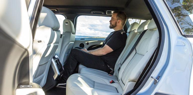 Porsche Cayenne v Range Rover Sport Hybrid Comparo-93
