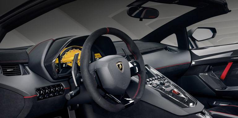 lamborghini-aventador-lp-750-4-sv-roadster-interior