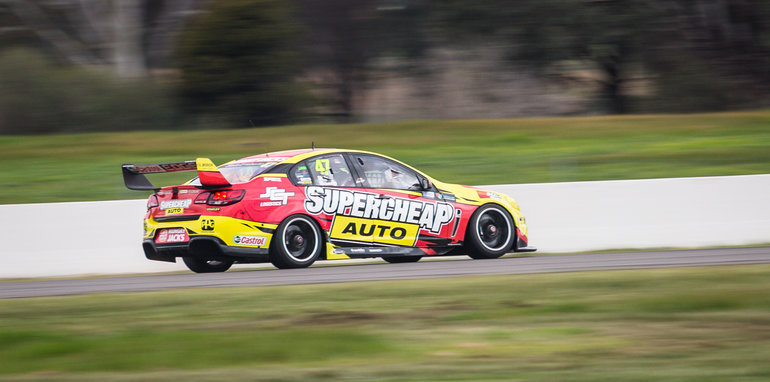 2015-tesla-model-S-p85D-v-v8-supercar-v-walkinshaw-w507-race-43