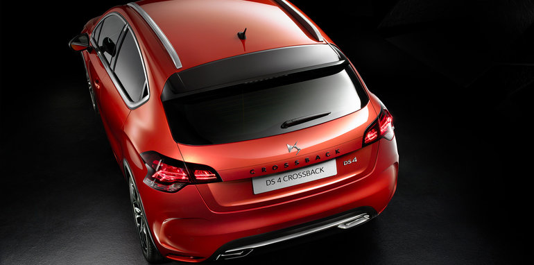 2016_citroen_ds-4-crossback_official_03