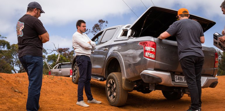 2015-eight-way-dual-cab-ute-comparison--12