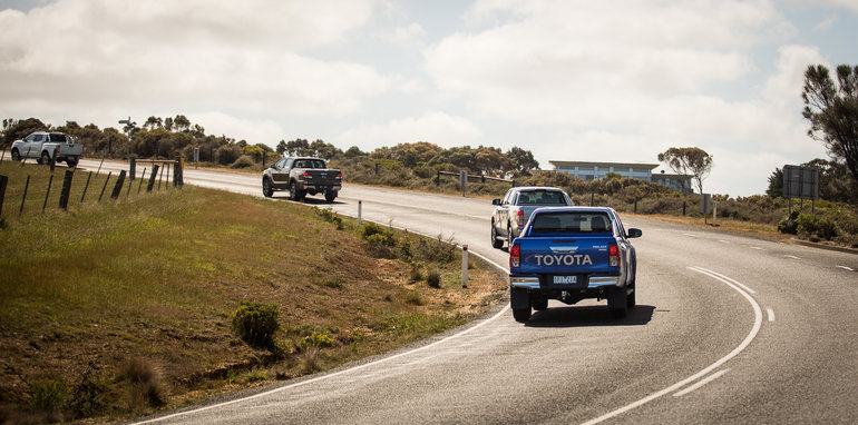 2015-eight-way-dual-cab-ute-comparison-143