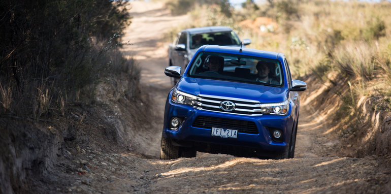 2015-eight-way-dual-cab-ute-comparison-172
