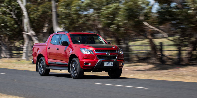 2015-eight-way-dual-cab-ute-comparison-22