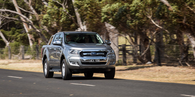 2015-eight-way-dual-cab-ute-comparison-29