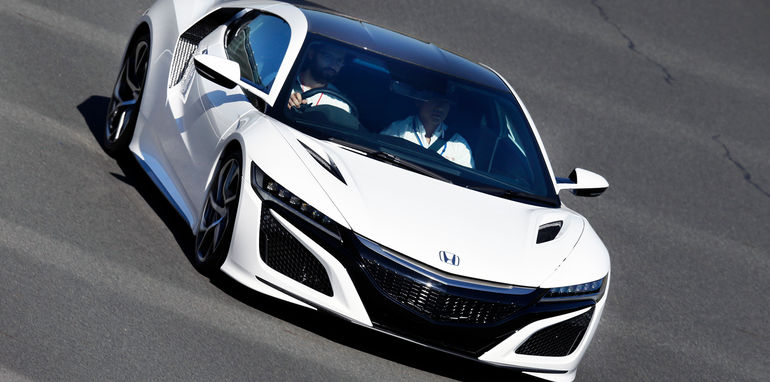2016_honda_nsx_brief-drive_japan_02