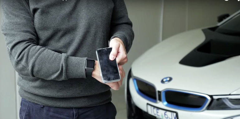 BMW-i8-Connected-Drive-1
