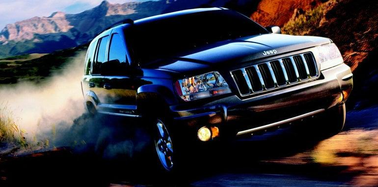 older jeep cherokee and grand cherokee models recalled over airbag seatbelt fault. Black Bedroom Furniture Sets. Home Design Ideas