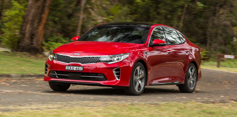 kia-optima-gt-dec2015-53