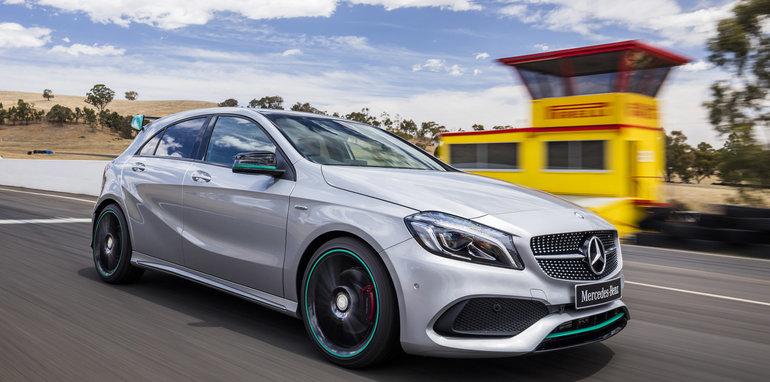 2016-Mercedes-Benz-AMG-A-Class-17