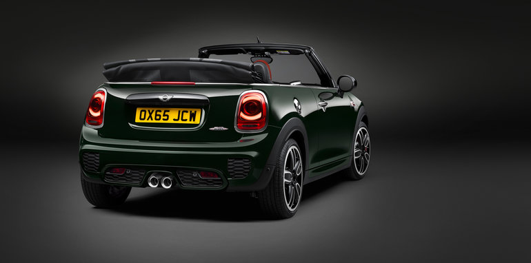 2016_mini_john-cooper-works-convertible_cooper-jcw_overseas_02