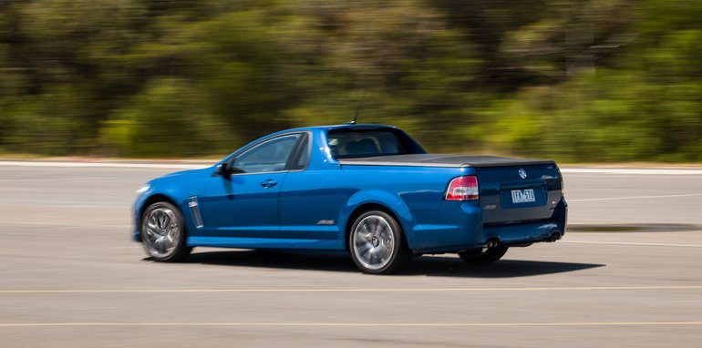 2016-holden-vf2-ute-ssv-proving-ground-39
