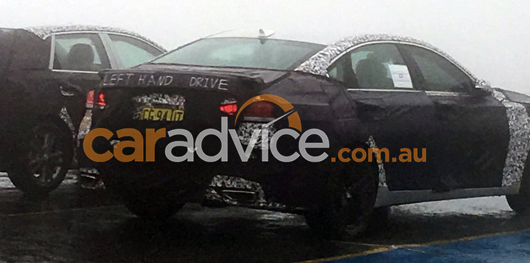 2016_hyundai_genesis_g80_spy-photo_01