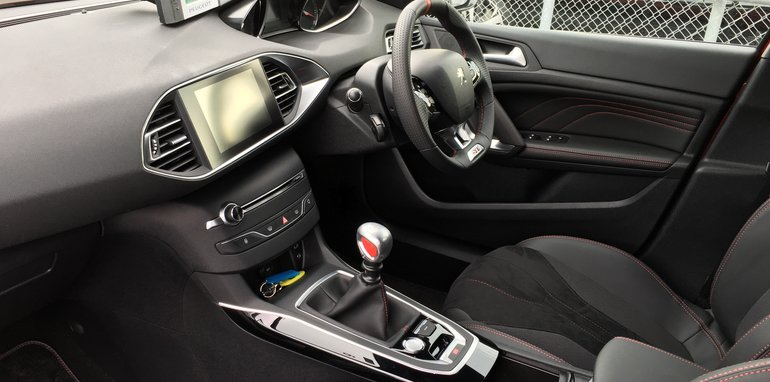 Peugeot 308 GTi - 9