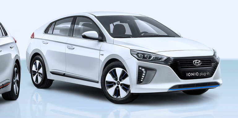 The Motoring World Hyundai Motor America Today Unveiled The Ioniq Hybrid Plug In Hybrid And