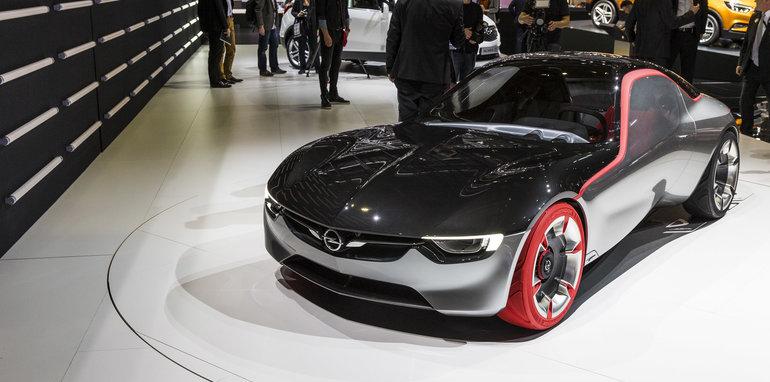 2016-Geneva-Motor-Show-289