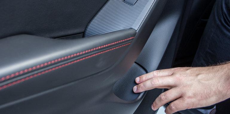 2016 Mazda 3 Touring Sedan v 2016 Hyundai Elantra Elite-68