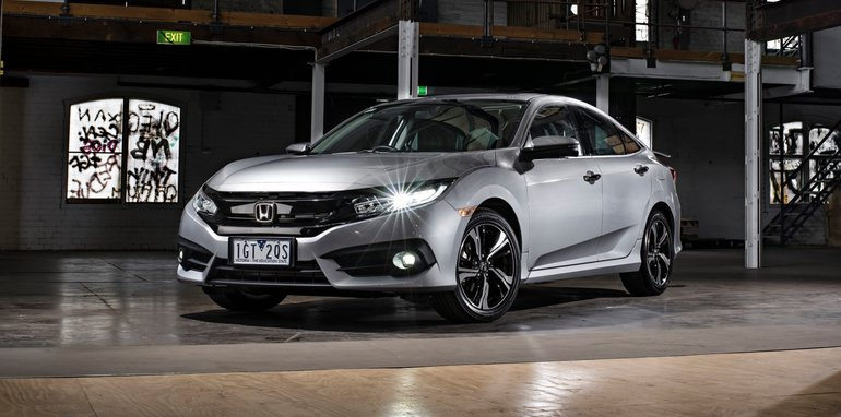 2017 Honda Civic sedan_4