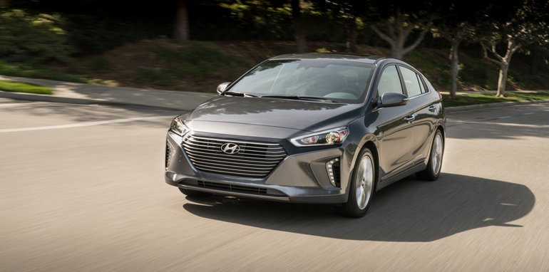 2017-Hyundia-Ioniq-press - 16