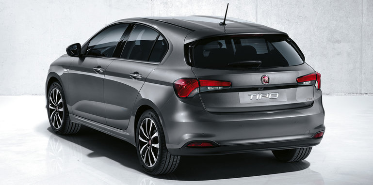 fiat-tipo-hatch-rear