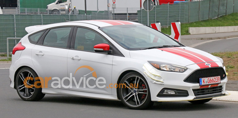 ford-focus-st-270-spy-5-front