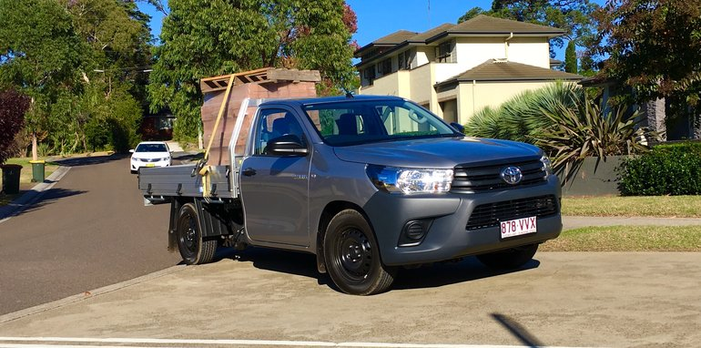 Toyota HiLux Workmate_7
