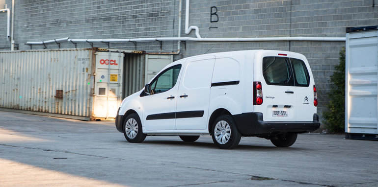 2016 Comparo LDV G10 base van petrol manual Citroen Berlingo diesel manual Volkswagen Caddy petrol auto-162