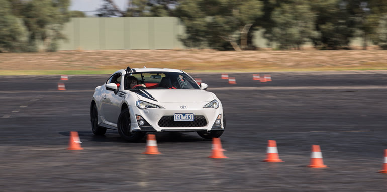 2016-toyota-86-how-to-drift-92