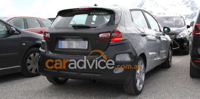 ford-fiesta-spy-14-rear