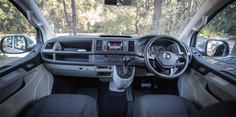 2016 Comparison Volkswagen Caravelle V Mercedes Valente-101