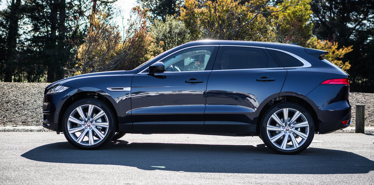 Luxury Suv Comparison Audi Q7 V Bmw X5 V Jaguar F Pace V