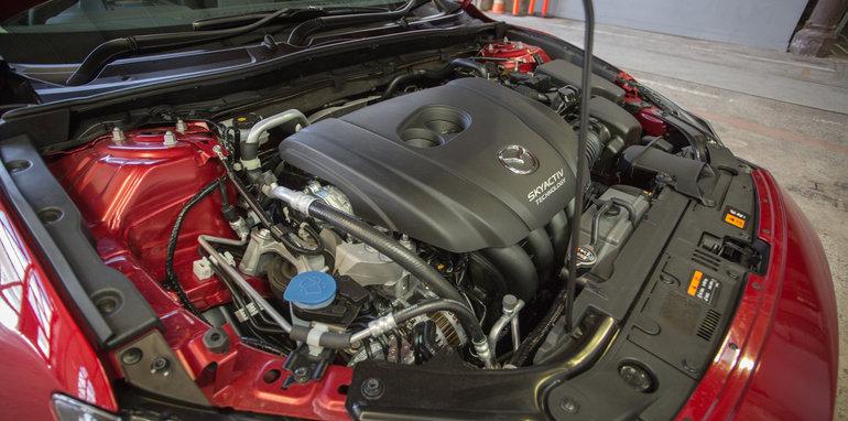 2016 Small Hatch Comparison Mazda 3 SP25 Astina V Volkswagen Golf 110TSI Highline V Hyundai i30 SR Premium-107