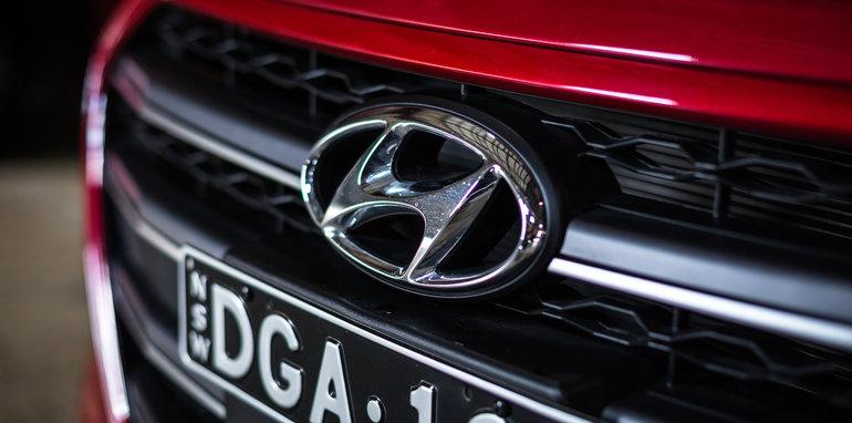 2016 Small Hatch Comparison Mazda 3 SP25 Astina V Volkswagen Golf 110TSI Highline V Hyundai i30 SR Premium-52