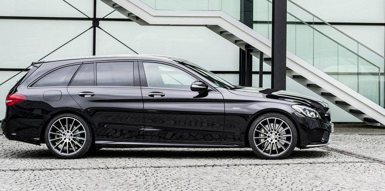 2016_Mercedes-amg_C43_03