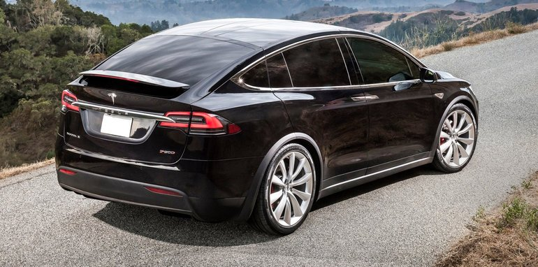tesla rolls out enhanced autopilot model s and model x 100d variants added to range. Black Bedroom Furniture Sets. Home Design Ideas