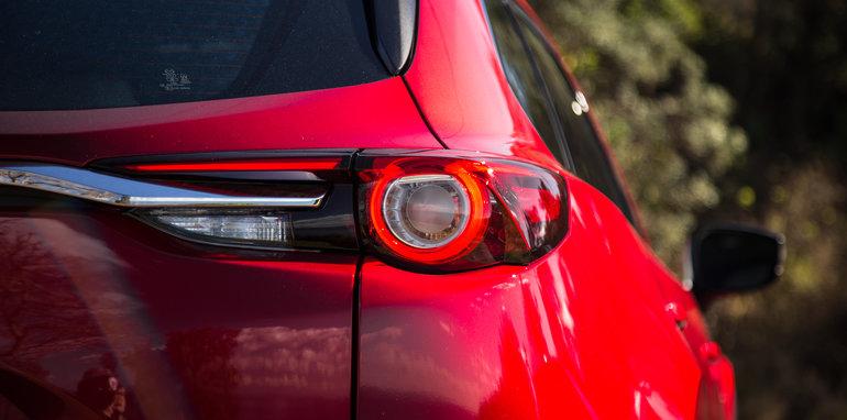 Mazda-cx-9-azami-toyota-kluger-grande-comparison126