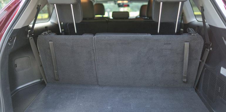 Mazda-cx-9-azami-toyota-kluger-grande-comparison27