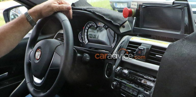 bmw-3-series-spy-2-interior
