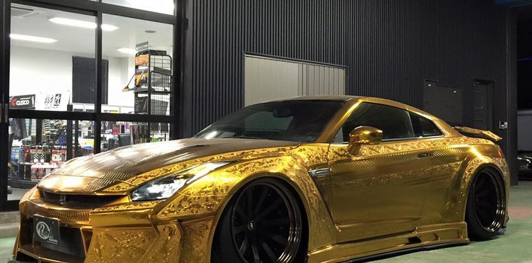 nissan-gt-r_gold-engraved_13