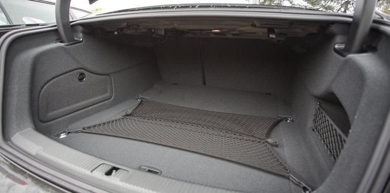 2016-4-car-comparo-bmw-520d-v-merc-e200-v-audi-a6-2-0-tfsi-quattro-v-jag-xf-86