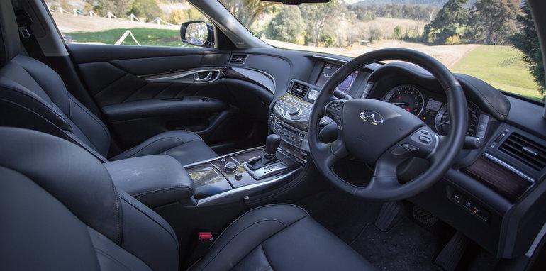 2016 Luxury sedan comparison Hyundai Genesis Ultimate v Jaguar XF 20d Prestige v Infiniti Q70 GT v Lexus GS200t F Sport v Skoda Superb sedan 206TSI-79