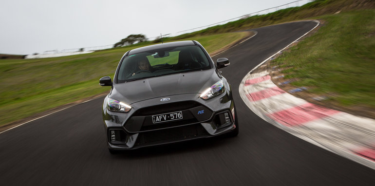 2016-ford-focus-rs-subaru-wrx-sti-volkswagen-golf-r-track-test-22