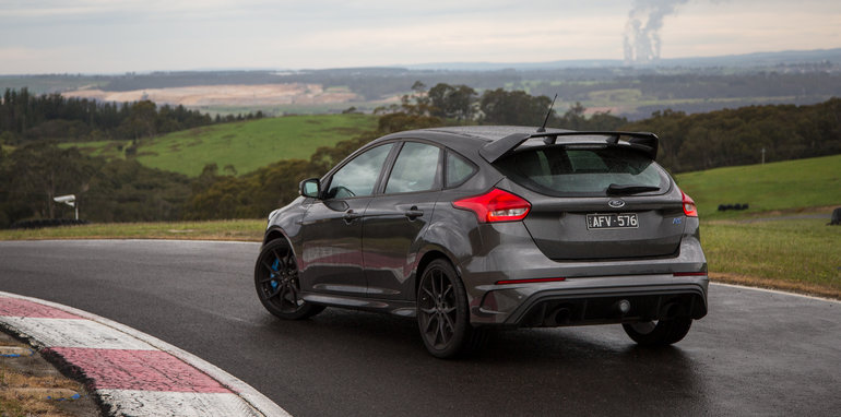 2016-ford-focus-rs-subaru-wrx-sti-volkswagen-golf-r-track-test-67