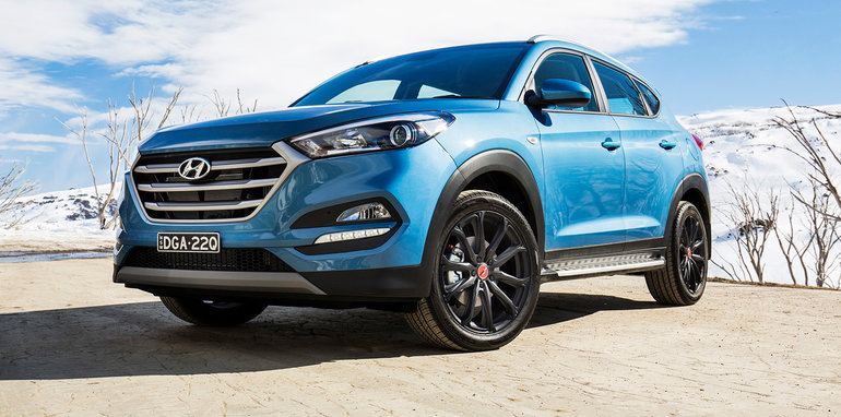 hyundai australia celebrates 30 years with santa fe tucson v6 returns to santa fe for new special. Black Bedroom Furniture Sets. Home Design Ideas