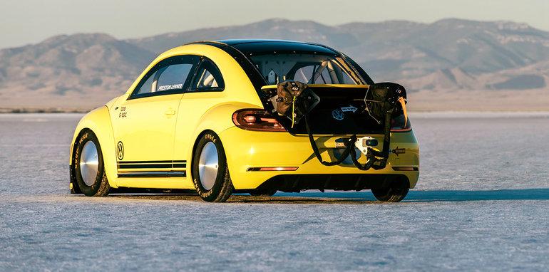 volkswagen_beetle_lsr_salt-flats_03
