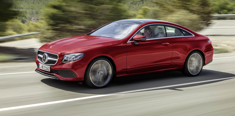 2017 mercedes benz e class coupe revealed ahead of for Mercedes benz glowing star