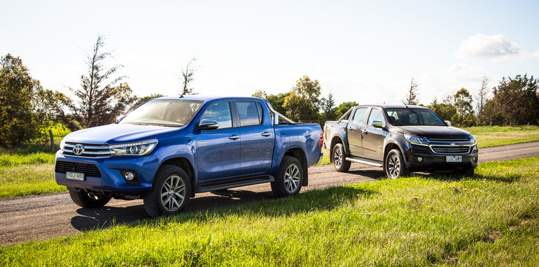 2017-holden-colorado-v-toyota-hilux-comparison-19