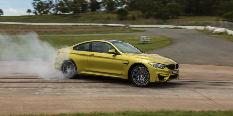 bmw-m4-competition-track-14