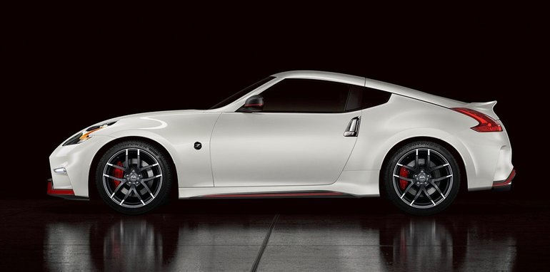 nissan gt r nismo paves the way for more high performance variants. Black Bedroom Furniture Sets. Home Design Ideas