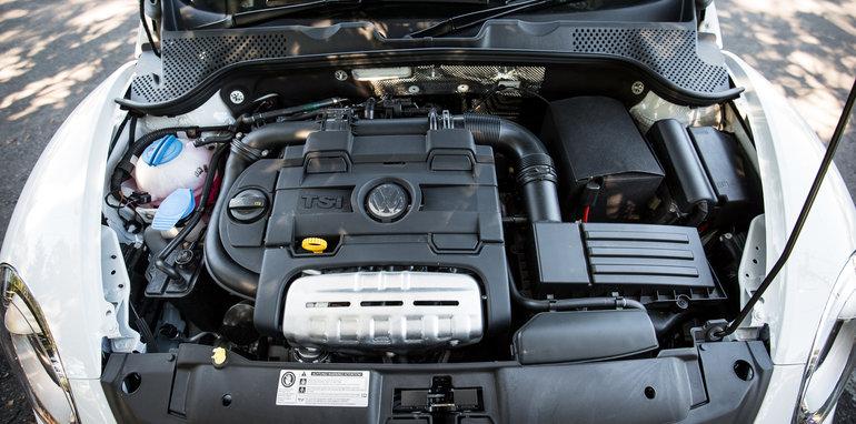 2017-volkswagen-beetle-old-v-new-18
